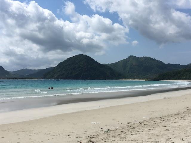 Selong Belanak Beach