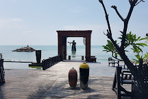 Puek Tian Beach, Tha Yang, Thailand