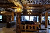 Old Faithful Inn, Yellowstone National Park, United States