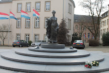 Statue de la Grande Duchesse Charlotte, Luxembourg City, Luxembourg
