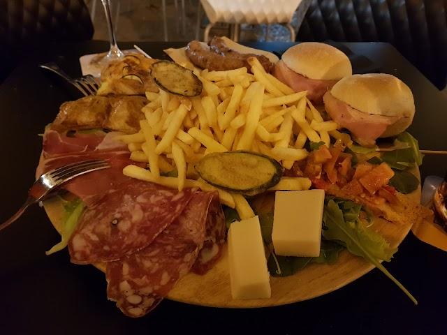 Monteleone Pub