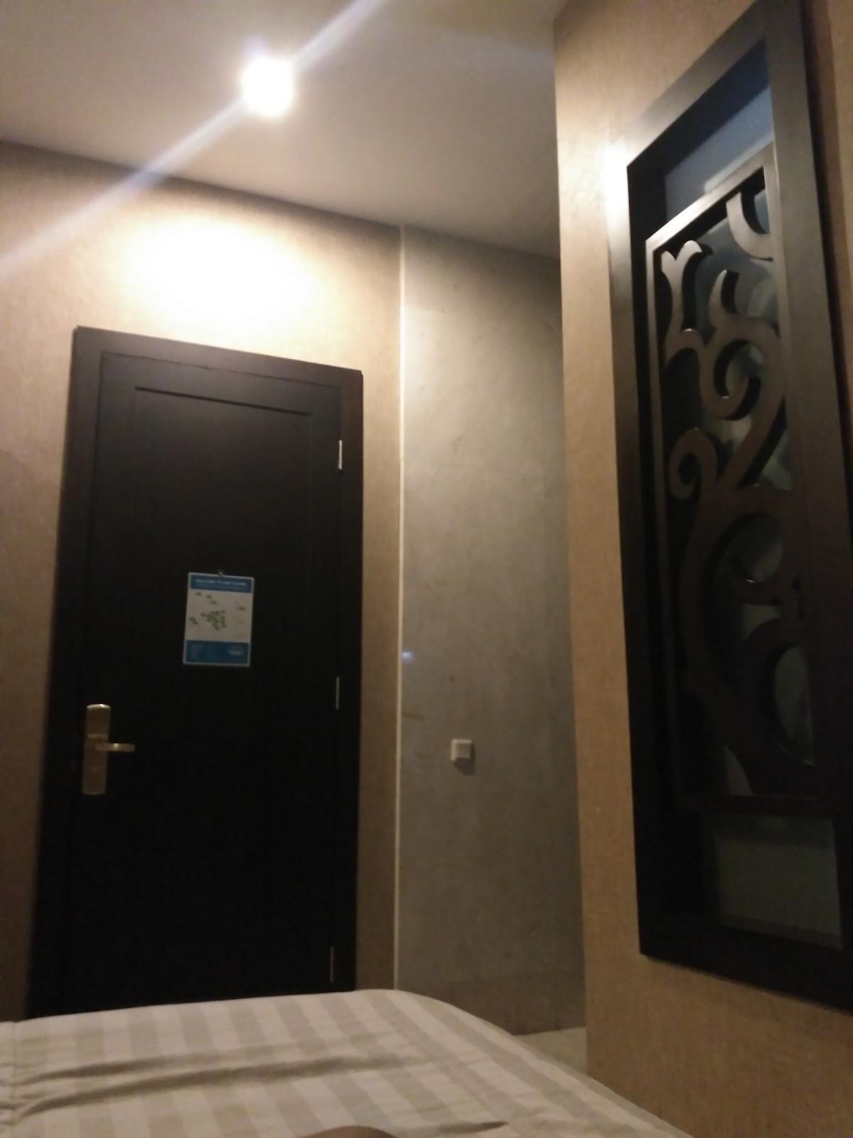 Hotel Istana Permata Ngagel Reddoorz Apartement Near Galaxy Mall Around