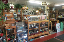 Old Creamery Antiques, Middlebury, United States