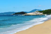 Praia da Ilhota, Itapema, Brazil
