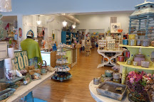 Mia's Marketplace, Surf City, United States