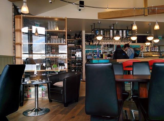 Fjara Cafe Bar