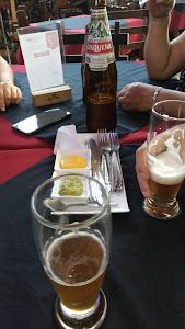 Viejo Lobo Lounge Bar 4