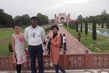 TOUR GUIDE BHOOPI AGRA, Agra, India
