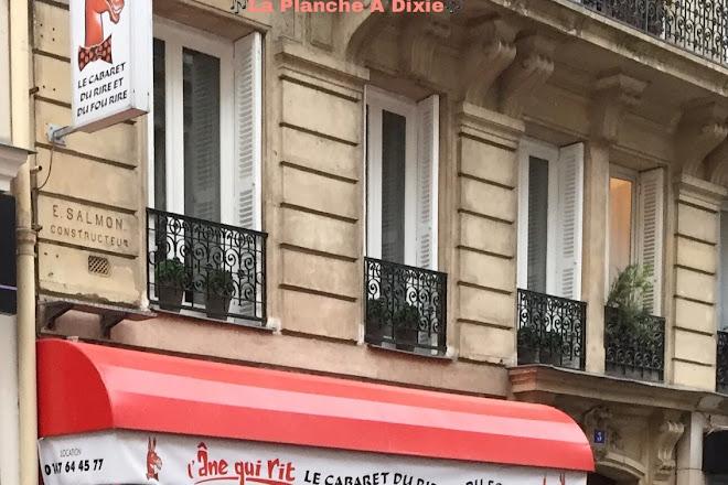 Cabaret L'Ane Qui Rit, Paris, France