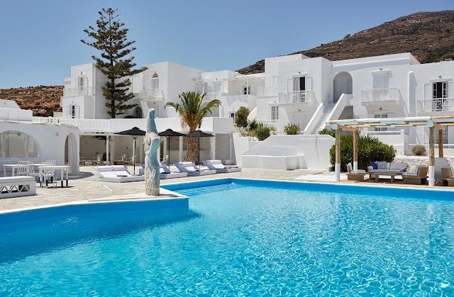 MR & MRS White Tinos Boutique Resort
