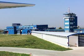 Аэропорт  Oradea OMR