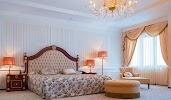 Президент-Отель, улица Кирова, дом 18 на фото Минска