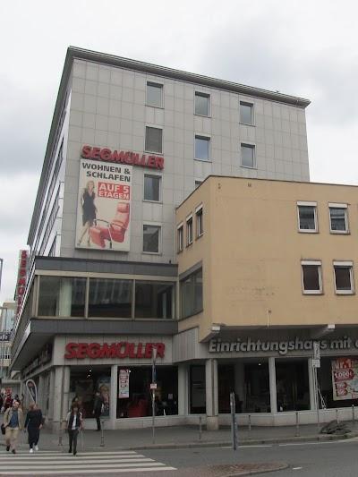 Einrichtungshäuser Frankfurt segmüller einrichtungshaus frankfurt hesse hessen germany