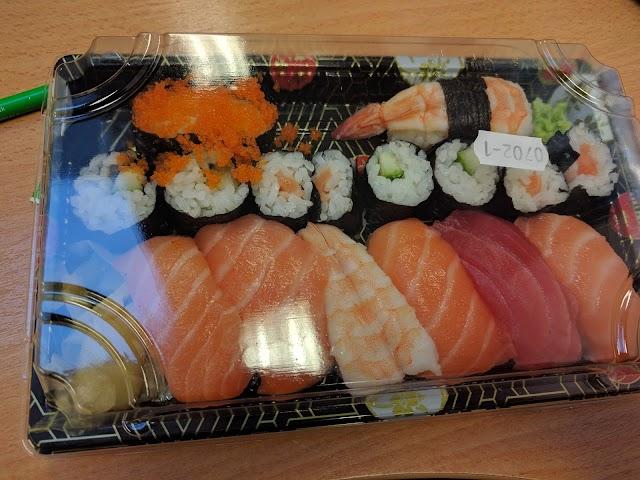 Mugen Sushi takeaway shop