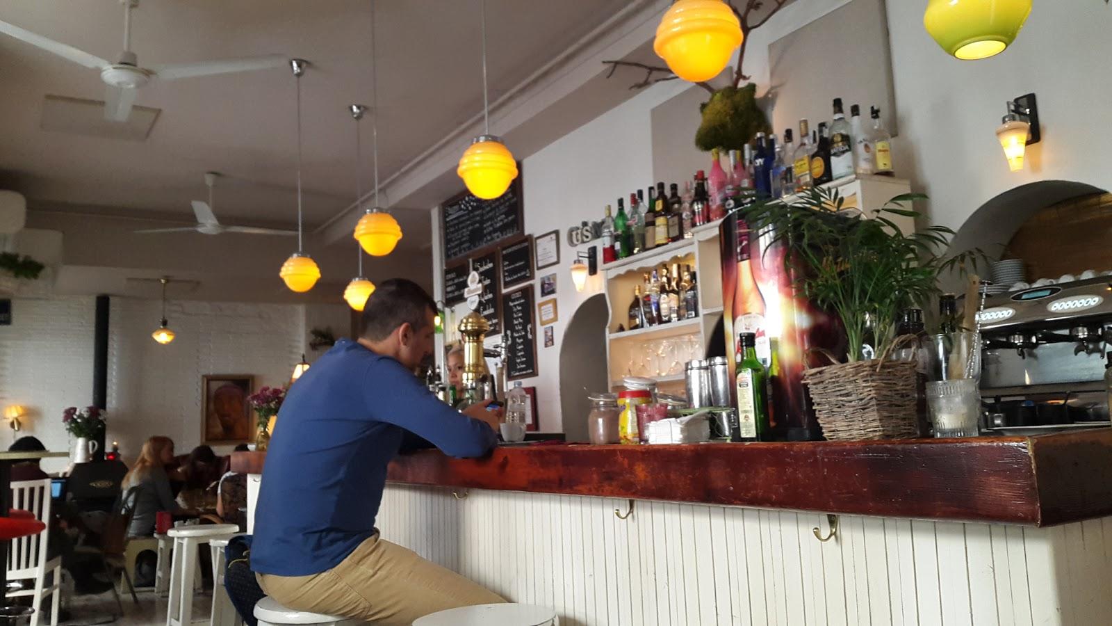 Café de la Luz: A Work-Friendly Place in Madrid