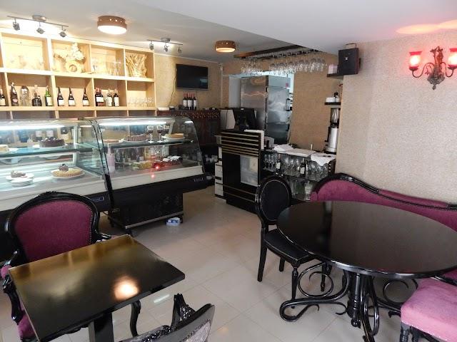 Magola Restaurante Cafe