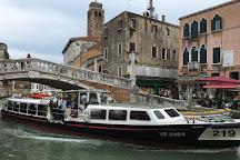 Ponte dei Tre Archi, Venice, Italy
