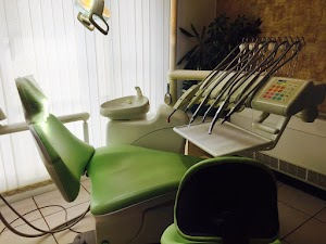 DENTISTE - Hauptschein Aristide - Cabinet Dentaire, Chirurgien Dentiste