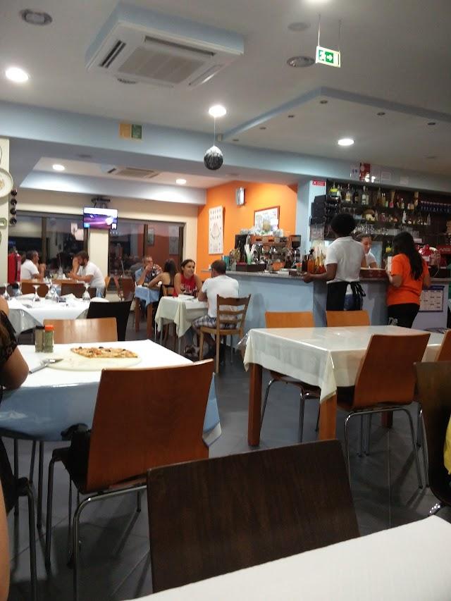 Pizzeria Luna, Lda