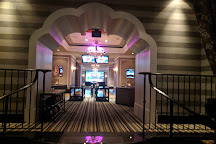 High Rollers Luxury Lanes and Lounge, Mashantucket, United States