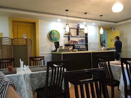 Luna Blanca Restaurant
