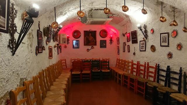 Cuevas Los Tarantos Sacromonte
