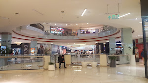 Real Plaza Salaverry 9