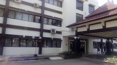Direktorat Politeknik Kesehatan Kementerian Kesehatan Surakarta