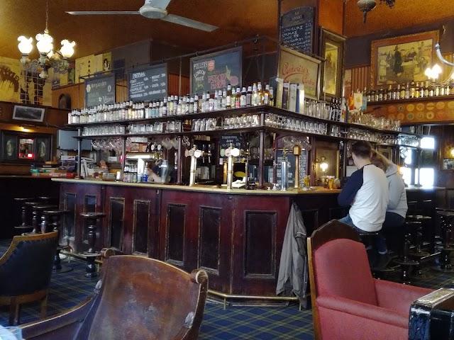 Salhojankadun Pub Oy