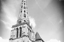 Place du Martray, Treguier, France