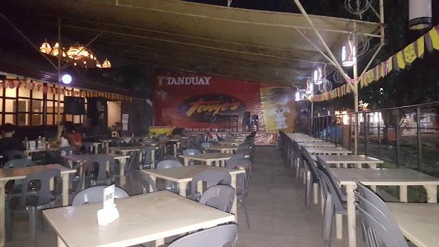 Tonyo's Bar Restaurant