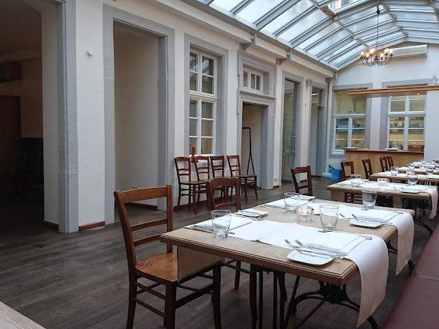 Vinothek Restaurant Oskar