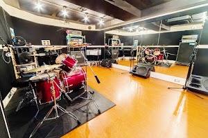 リフレクトスタジオ新栄店