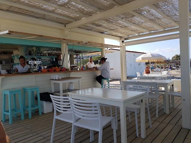 Moai Beach Club_playa de Son Baulo