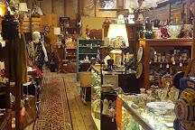 Shawnee Country Barns Antique Co-Op, North Tonawanda, United States