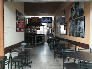 Centro Comercial Las Brisas Refugio 2