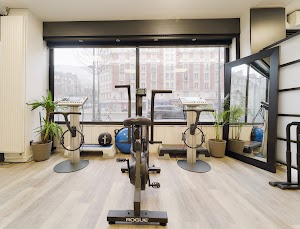 MFIT STUDIOS - Electrostimulation-Miha-Bodytec-Fitness-Bar-Healthy-Açaï-PARIS-12
