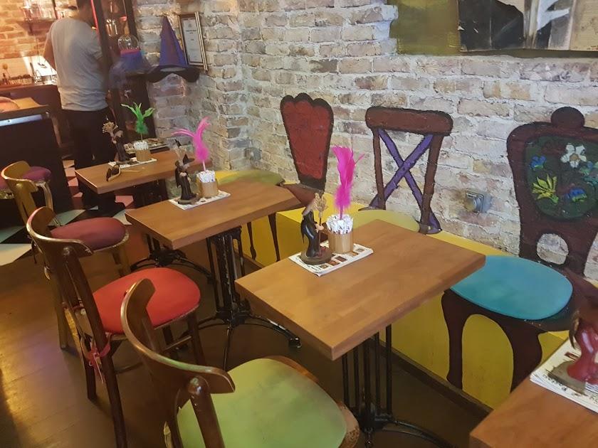 Cadıköy Cafe Resim 1