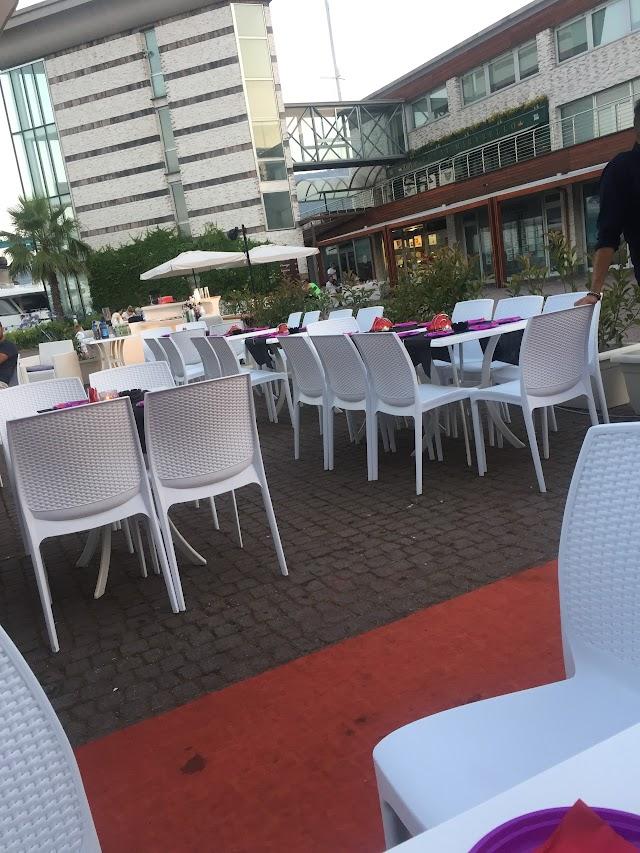 Sottobordo Lounge Cafe