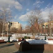 Станция метро  Alexandrovsky Sad