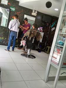 Salon Y Spa Junior 1