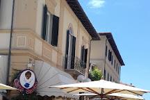 Mercato Settimanale di Forte dei Marmi, Forte Dei Marmi, Italy
