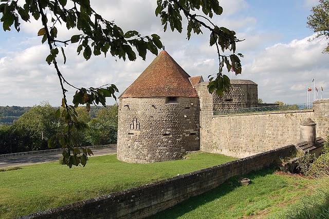 Tours de Navarre Et D'Orval