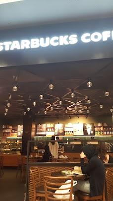 Borders Bookstore dubai UAE