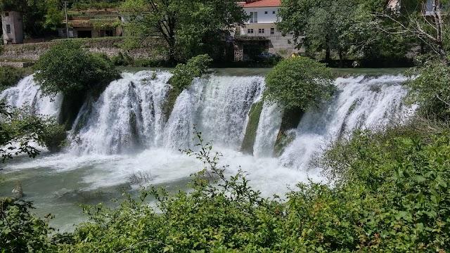 Provalije Waterfall
