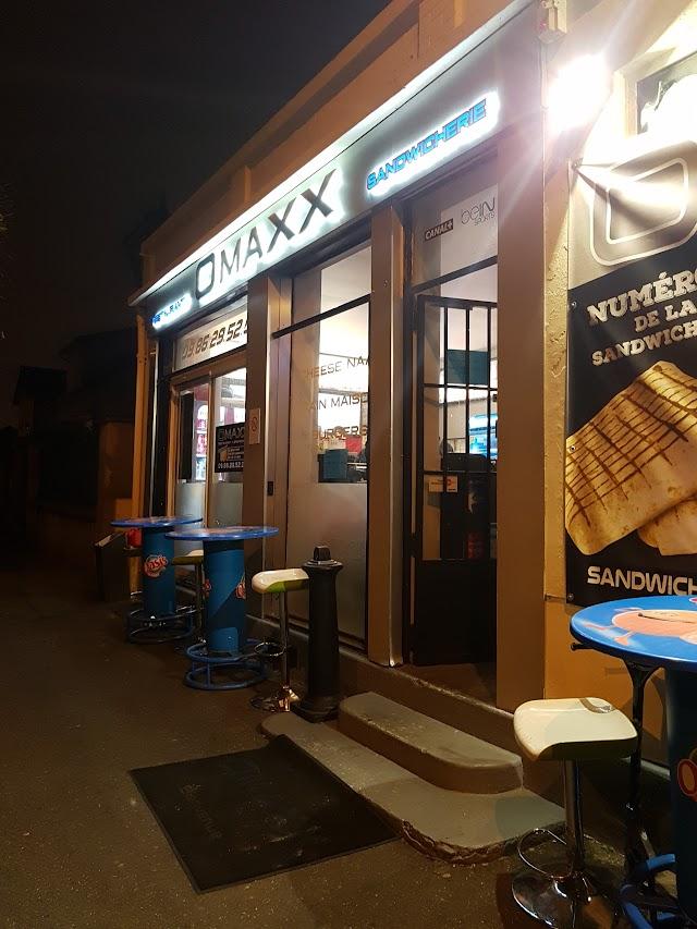 Omaxx