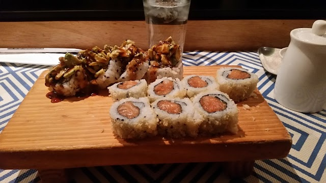 Diva Thai & Sushi Bar