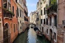 Modisteria Giuliana Longo, Venice, Italy