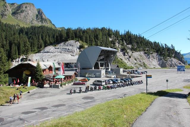 Col-du-Pillon, Glacier 3000