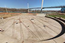 Bob Kerrey Pedestrian Bridge, Omaha, United States